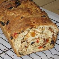 Houska type bread...w/o the layers...looks wonderful! (has more candied fruits than traditional Houska bread)