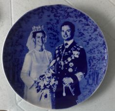 King Carl Gustav and Queen Silvia of Sweden wedding held on 19June1976. made only 3,000-pcs.