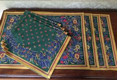Vintage Set 4 Placemats With Napkins,  Green Red Gold Blue, Interior Decorate, Country Home, Cottage Style, Vintage Linens, Farmhouse Decor