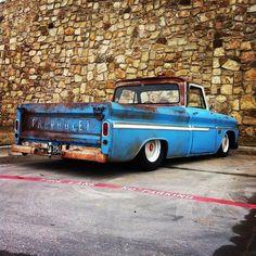 Awesome rake on a C10 LWB BBW '64-'66 truck