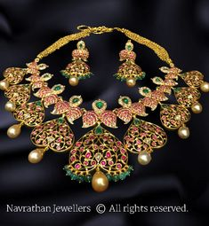 22 carat gold mango necklace with elaborated trendy pendant. Rubies, emeralds and white polki kundan stones adorned mango necklace with antique finish peacock floral pendant Emerald Jewelry, Gold Jewelry, Diamond Jewellery, Jewlery, Gold Necklaces, Gold Jewellery Design, Designer Jewelry, India Jewelry, Wedding Jewelry