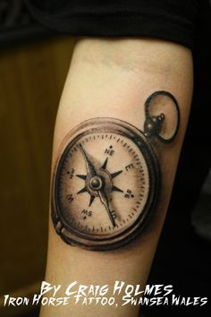 Compass tattoo Compass in grey shading. Tattoo by Craig Holmes @ Iron Horse Tattoo, Swansea Wales Rate of pictures of tattoos, submit your own tattoo picture or just rate others Vintage Compass Tattoo, Nautical Compass Tattoo, Compass Tattoo Design, Tattoo Vintage, Bild Tattoos, Arm Tattoos, Body Art Tattoos, Sleeve Tattoos, Tatoos