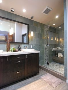 Love the rock shower floor