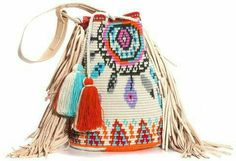 NEW ARRIVAL This one-of-a-kind DreamC Special Edition Boho Bag is tightly handwoven by one strand of Fine Cotton thread and has genuine leather details. Crochet Handbags, Crochet Purses, Crochet Crafts, Crochet Projects, Mochila Crochet, Tapestry Crochet Patterns, Tapestry Bag, Boho Bags, Knitted Bags