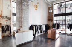 Смелый дизайн магазина молодёжной моды Mardou & Dean