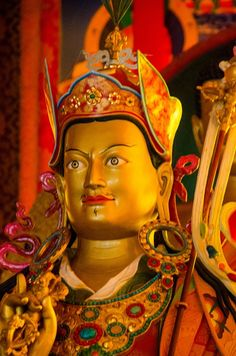 The first WebSite dedicated to Master tibetan buddhism Guru Rinpoche Padmasambhava. Discover him and Buddah with articles, videos, photos.