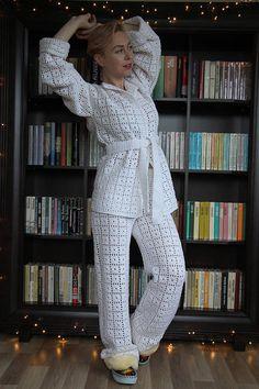 Knitted white Christmas pajamas set bride bathrobe holiday home wear robe fashion outfit boho wear white kimono crocheted white set Satin Pyjama Set, Pajama Set, Pajamas For Teens, Crochet Pants, White Kimono, Cozy Pajamas, Womens Pyjama Sets, Christmas Pajamas, Short