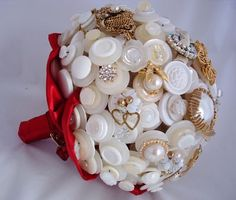 Lillybuds The Family Jewels Button Bouquet