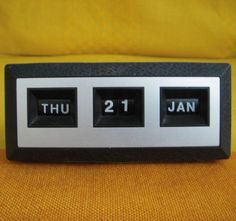 Vintage Black Perpetual Rotating Desk Calendar - Retro - Day/Date/Month