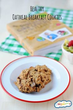 This oatmeal breakfast cookie recipe is easy to make and you can adjust the add-ins to your family's favorite ingredient!