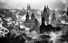 NetzFlackern: (via 500px / Prague by Martin Froyda)
