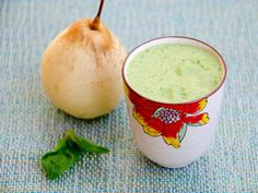 A new green #juice recipe: Asian Pear, Basil and Lemon Juice