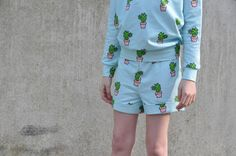 PIPPA pants Sewing Patterns Free, Free Pattern, Sewing For Kids, Boy Outfits, Pajamas, Rompers, Boys, Fabric, Pants