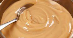 Cremă de caramel delicioasă făcută în casă pentru cel mai mare mofturos! Ai nevoie de 4 ingrediente