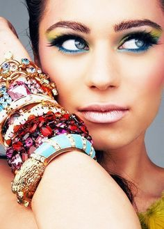 Gorgeous Make-up and Cute Bracelets!