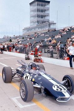 Dan Gurney, Eagle, at Indy 1966 Indy Car Racing, Indy Cars, Road Racing, Karting, Formula 1, Le Mans, Dan Gurney, Classic Race Cars, Indianapolis Motor Speedway