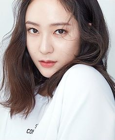 Jessica & Krystal, Krystal Jung, Jessica Jung, Korean People, Korean Women, Stupid Girl, Mid Length Hair, Sulli, Korean Artist