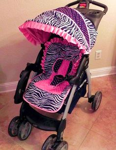 when I have a baby girl 👶 believe that she will have a pink zebra stroller like this one 😃 ohh yea 😜 Little Babies, Cute Babies, Zebra Print Cakes, Baby Zebra, Stroller Cover, Everything Baby, Baby Time, My Baby Girl, Baby Accessories