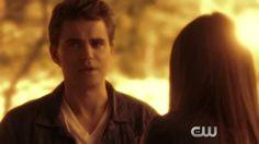 """The Vampire Diaries 6.Sezon 22.bölüm fragmanı yayınlandı! Haberin devamında yeni bölümü ile The CW ekranlarında devam edecek ve 14 Mayıs 2015 Perşembe günü yayınlanacak olan """"I'm Thinking Of You All The While"""" adı verilen The Vampire Diaries 6.Sezon 22.bölüm fragmanını izleyebilirsiniz."""