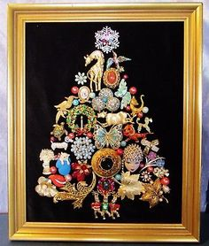 "Vintage Jewelry Christmas Tree One of a Kind Animals Framed 16"" x 13"" (V)"