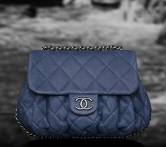 An editorial on Chanel handbags, purses and your favorite accessories. Get prices and shopping advice on Chanel designer bags and purses. Kate Spade Handbags, Chanel Handbags, Luxury Handbags, Chanel Bags, Coco Chanel, My Bags, Purses And Bags, Fashion Bags, Fashion Accessories