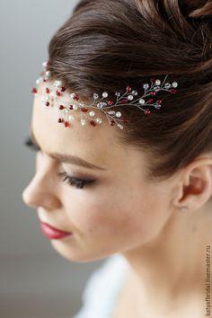 Купить Веточка в прическу из жемчужных бусин и бисера - белый, свадьба, свадебные украшения, украшения для волос