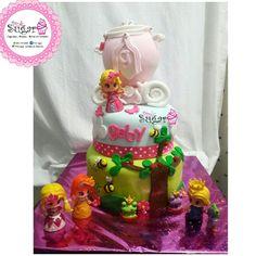 Pinypon cake para mi princesa Gaby pink sugar#pinksugar #cupcakes  #homemade  #casero  #barranquilla #pasteleria #reposteriacreativa #tortas #fondant #reposteriabarranquilla #happybirthday  #cake #baking  #galletas #cookies  #pinksugar #wedding #buttercream #vainilla #minion #oreo #passionfruit #cupcakesbarranquilla #pinyponparty #pinypon #pinyponcake