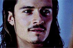 ahhhhhhh! why is he so beautiful?