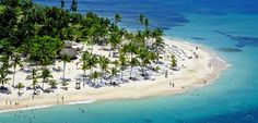 Discover our Bahia Principe Luxury Cayo Levantado Resort. Find out the best all-inclusive offers for Dominican Republic hotels and resorts. Punta Cana Vacations, All Inclusive Resorts, Hotels And Resorts, Samana, Costa, Adventure World, Vacation Club, Island Resort, Small Island