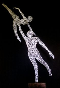 Wire ballet couple #wireart #wiresculpture #dance #art #sculpture #simonewojciechowski #drahtkunst