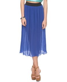 Calf Length Pleated Skirt from Forever 21. Got this today. Plan to wear it as much as possible.