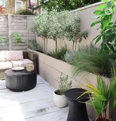 8 Ways to Style Around Wellbeing for Outdoor and Indoor Spaces - With Habitat (ad) Natural Plates, Wellness, Rooftop Garden, Picnic In The Park, Garden Planters, Backyard Patio, Garden Furniture, Outdoor Gardens, Roof Gardens