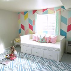 Geometric Wall Tween Room