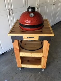 Kamado Joe Jr wood cart build - Do-It-Yourself - Kamado Guru Kamado Grill, Kamado Joe, Wood Cart, Grill Cart, Grill Table, Weber Bbq, Smoke Grill, Backyard Bbq, Deck Design