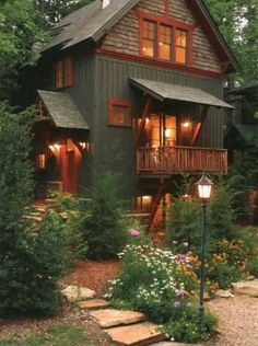 40 Small Rustic Cottage Exterior Design And Ideas Exterior Paint Colors, Exterior House Colors, Exterior Design, Modern Exterior, Rustic Exterior, Cafe Exterior, Restaurant Exterior, Bungalow Exterior, Exterior Shutters