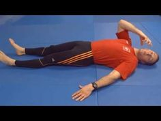 Jednominutowy relaks kręgosłupa - Marek Purczyński - YouTube Workout, My Style, Health, Youtube, Sports, Therapy, Diet, Hs Sports, Salud