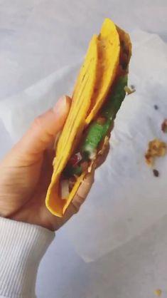Maak 'm zelf! Healthy Food, Healthy Recipes, Summer Food, Quesadilla, Summer Recipes, Delicious Food, Om, Food Ideas, Tacos