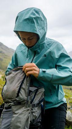 Nike Running Rain Runner Hooded Shell Jacket | MR PORTER