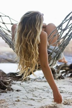 HOW TO: Surfer hair http://www.octaviomolinahair.com/blog/2015/7/29/surfer-hair