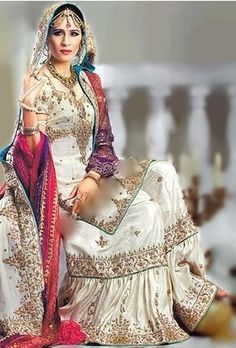 Buy this beautiful creation at 'Zarbaft' page on Facebook or go to the main FB link of this picture. <3      Indian / Pakistan Wedding / Shaadi.  White Gharara <3