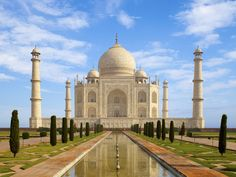 The Taj Mahal Heritage Place In India - Indiashor.com