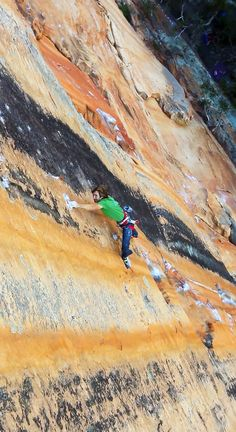 """For the """"epitome of perfect rock,"""" @prAna's Chris Sharma heads Down Under"""