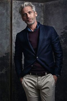 Pour - the rebirth of masculinity - Herren- und Damenmode - Kleidung Smart Casual, Casual Chic, Men Casual, Casual Outfits, Fashion Outfits, Fashion Tips, Men's Fashion, Mode Bcbg, Older Mens Fashion