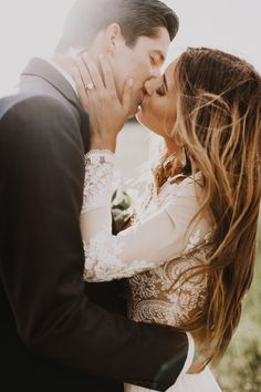 Wedding Dresses Romantic Kiss Ideas For 2019 Wedding Kiss, Wedding Goals, Wedding Couples, Dream Wedding, Wedding Hacks, Wedding Ideas, Romantic Couples, Wedding Favors, Wedding Events