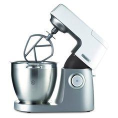 Petit électroménager, les nouveautés - Marie Claire Maison : Ce robot Kenwood réunit tous les indispensables. Pour vous aider à devenir un vrai chef pâtissier, il pétrit, bat, mélange, émulsionne, fouette les aliments, doté d'un kit de pâtisserie en métal regroupant un fouet, un batteur et un pétrin ; hâche, mixe, mélange, émince, râpe, taille en julienne, fait aussi office de centrifugeuse, de presse-agrûmes, et réalise de vraies pâtes fraîches.