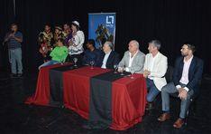 Se realizó el lanzamiento oficial de los Corsos 2018 en el Teatro municipal: La fiesta carnestolenda dará inicio este viernes 12 con el…