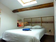 Ganhe uma noite no Duplex atypique - Canal St Martin - Apartamentos para Alugar em Paris no Airbnb!