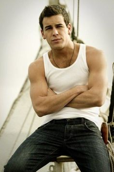 Image detail for -Mario Casas - tres metros sobre el cielo, cutie! Film Man, College Boys, Hot Actors, Korean Men, Male Face, Attractive Men, Gorgeous Men, Role Models, Gq