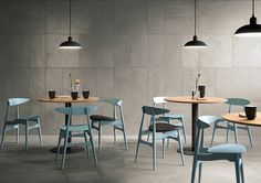cloudy core The Core Shade slabs, with carefully designed tones and surfaces, encourage stylistic juxtapositions that are elegant and never banal. The perfect calibration of colours allows you to combine different formats and finishes and obtain an even more dynamic and harmonious total look.