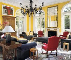 Check Out Best Interior Design by Thomas Britt. Thomas Britt is an icon of the interior design industry. For over 40 years, Thomas has contributed his sense of European classicism and vibrant sense of color to the field. Yellow Walls, Grey Walls, Yellow Rooms, Best Interior Design, Interior Decorating, Decorating Ideas, Interior Color Schemes, Interior Colors, Architectural Digest